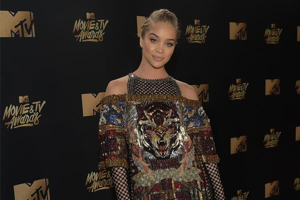 Jasmine Sanders has earned a lot from movies