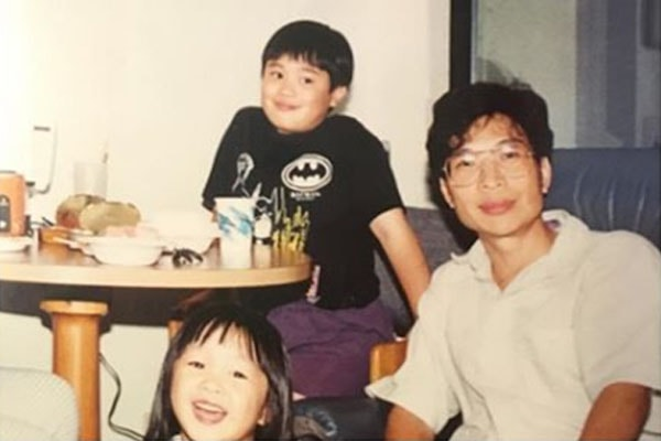 Hayden Szeto with his sister and father