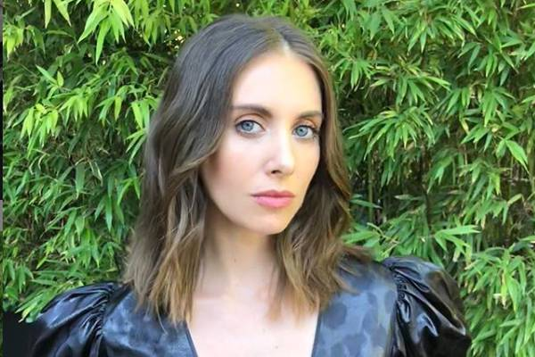 Alison Brie sources of income